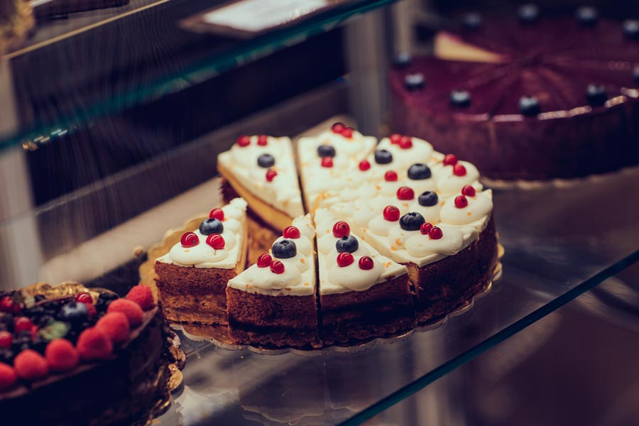 Ponudba tortic na Jasni